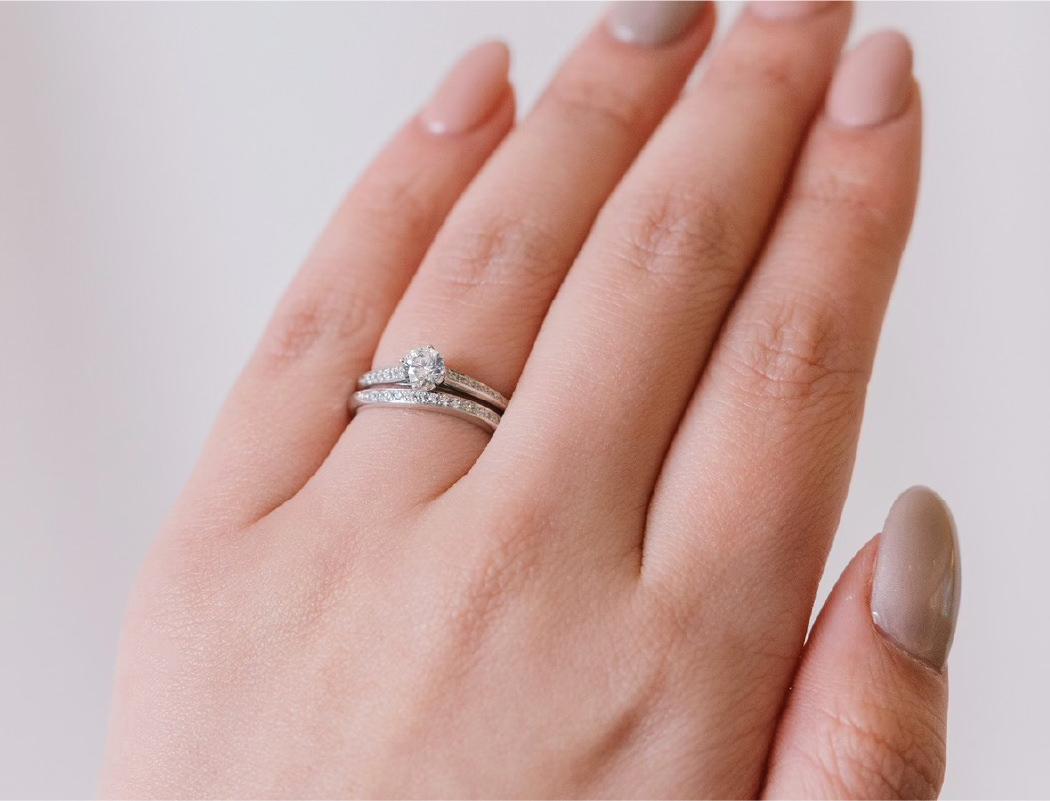 美しいメレダイヤモンド