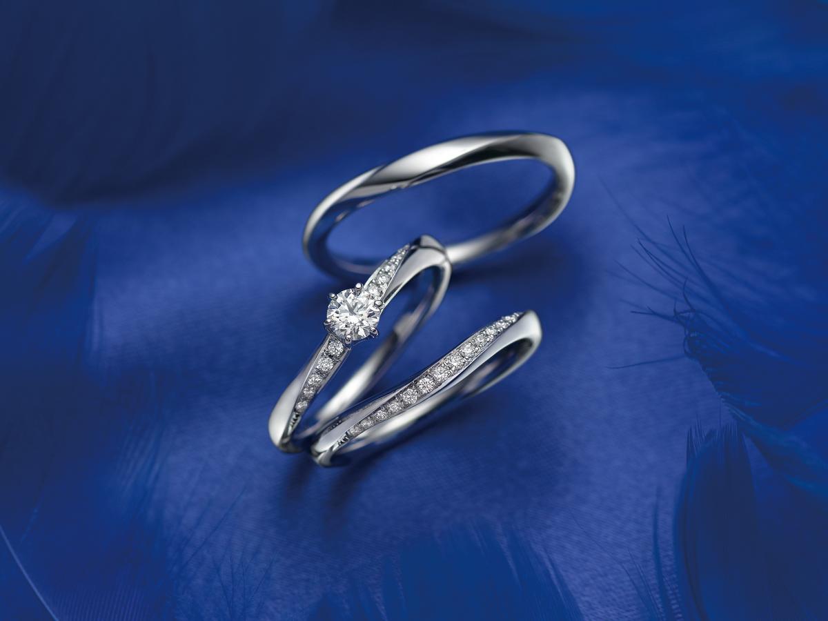 広島県福山市にある中国エリア最大級のセレクトジュエリーショップヴァニラのSomething Blue アイテールの婚約指輪と結婚指輪