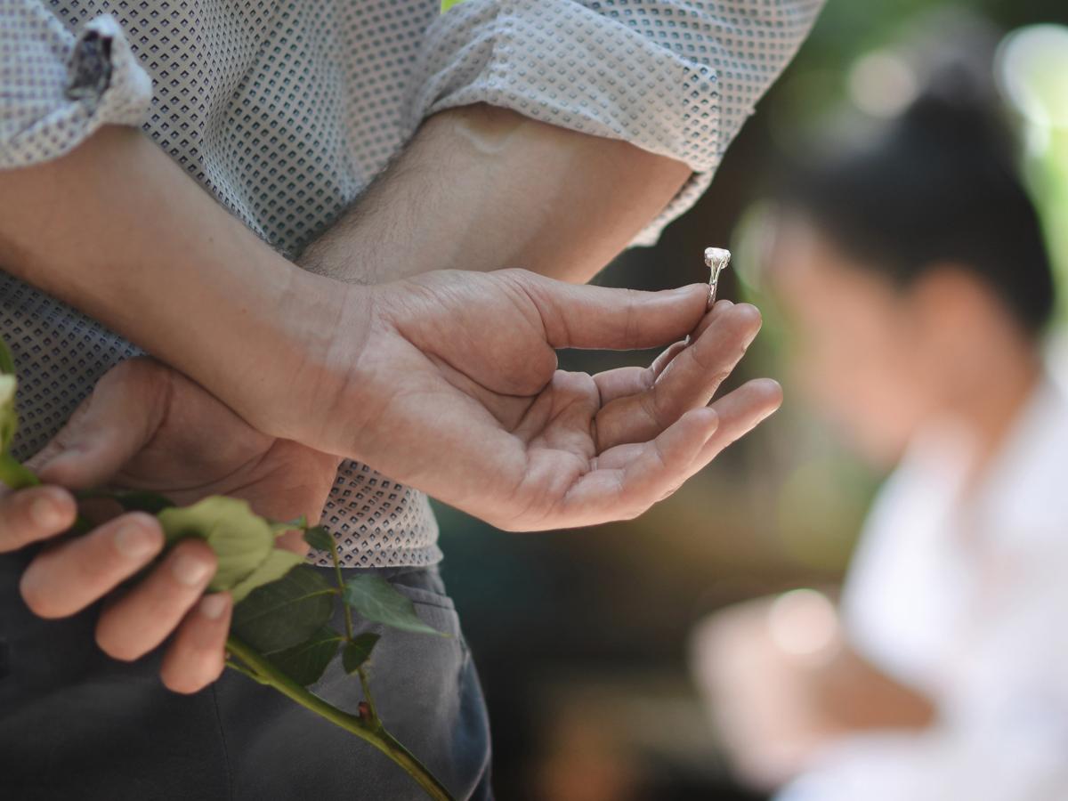 ヴァニラ広島店とヴァニラ福山本店の婚約指輪でサプライズプロポーズ