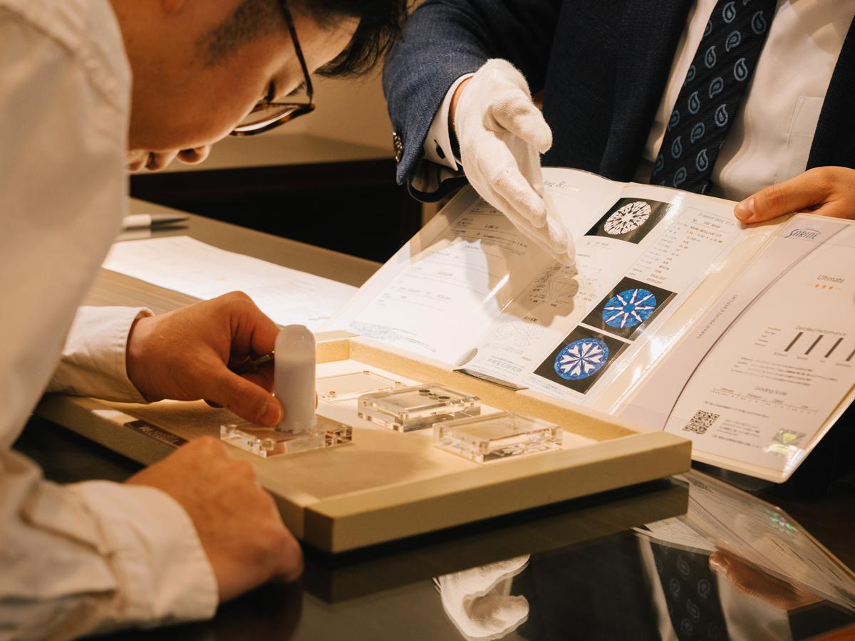 広島県広島市のヴァニラ広島店と広島県福山市のヴァニラ福山本店のダイヤモンドは全て3EXトリプルエクセレントでH&Cハートアンドキューピッドをご覧いただけます